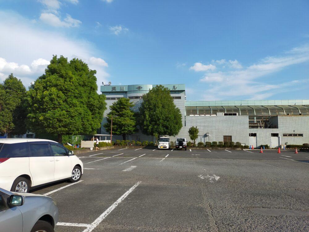 高崎浜川プール駐車場