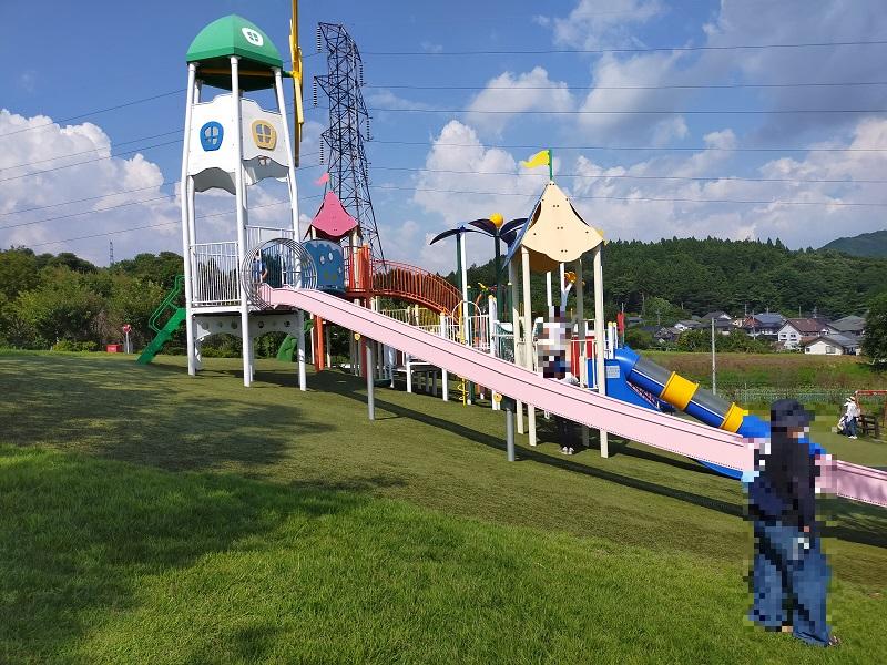 道の駅中山盆地で子供の遊び場ぷれあいパーク1