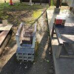 高山村宿泊コテージのバーベキューで自分で用意が必要なものと備え付けてある(現地で手に入る)ものは何?