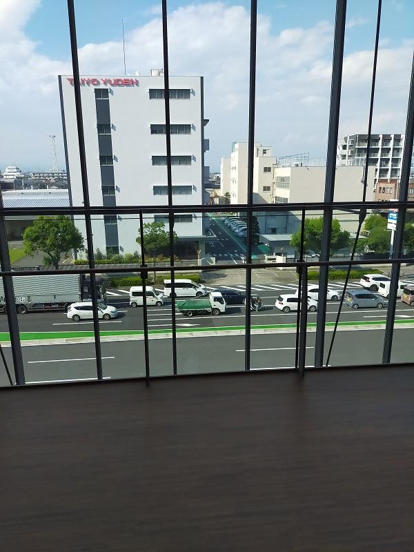高崎芸術劇場から見える外の景色